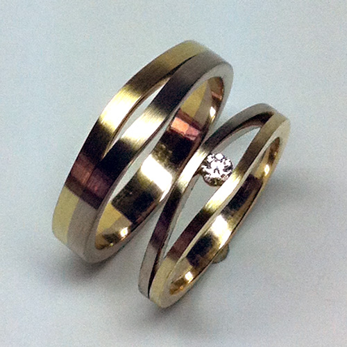 Trouwringen Utrecht bicolor met briljant geslepen Heart and Arrows diamant; bicolour ringen door Edelstijl Utrecht